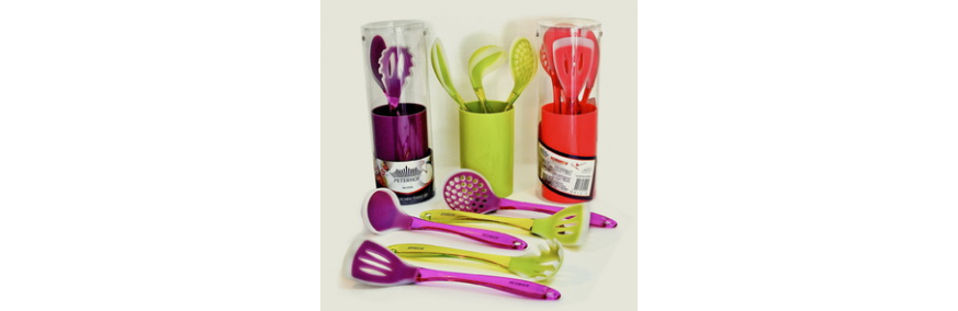 Кухонные изделия из пластика